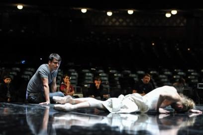 Demis Volpi und Alicia Amatriain bei der Bühnenprobe zu Salome