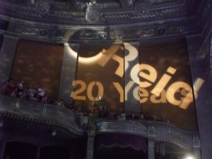 Lichtershow im Opernhaus: Danke, Reid! Foto: Elisabeth Kabatek