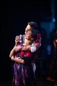 Rocio Aleman als Zigeunerin mit Friedemann Vogel als Romeo